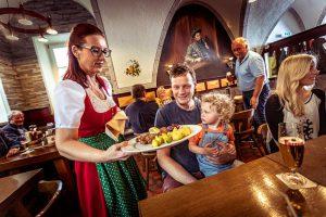 Brauhaus zu Murau Restaurant Bedienung